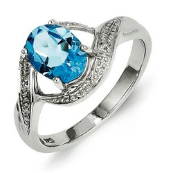 Light Swiss Blue Topaz and Diamond Ring in 925 Sterling Silver