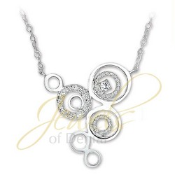 Circles Necklace 18 in Chain in 925 Sterling Silver